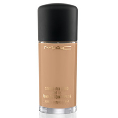 """MAC"" Base Líquida Studio Fix Fluid SPF 15"